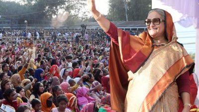 আপনারা ভোট দিন, আমরা উন্নয়ন দেব : শেখ হাসিনা